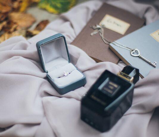 7 tips to choosing everyday jewellery | Fashion Tips | Elle Blonde Luxury Lifestyle Destination Blog