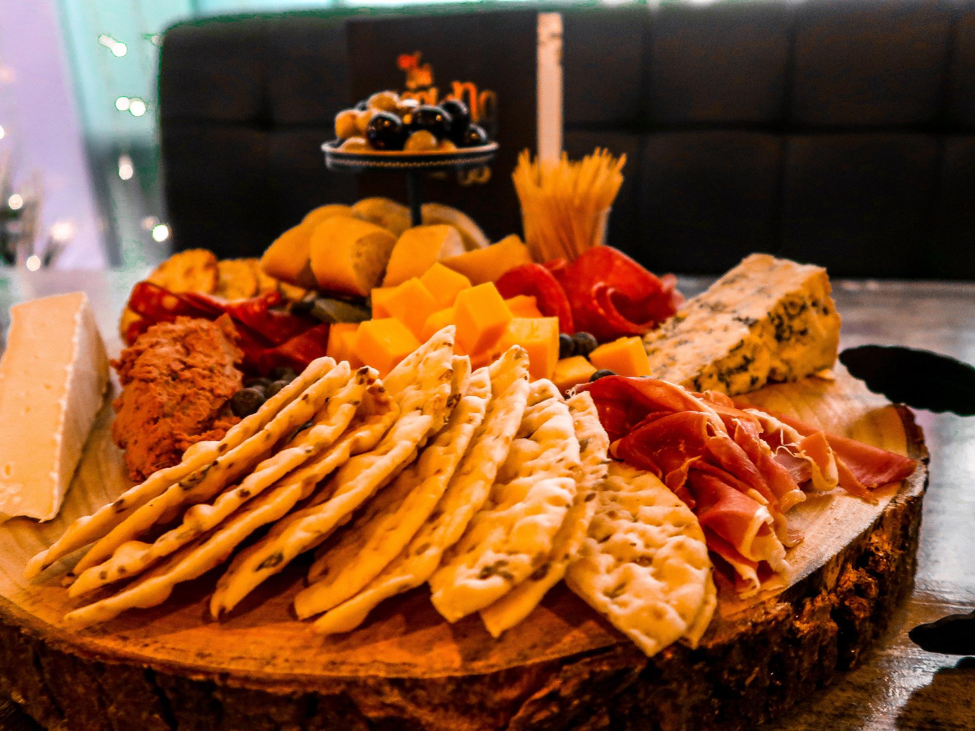 The Looking Glass Sharing Board | Sunderland Restaurant Week | Where to eat in Sunderland | Elle Blonde Luxury Lifestyle Destination Blog
