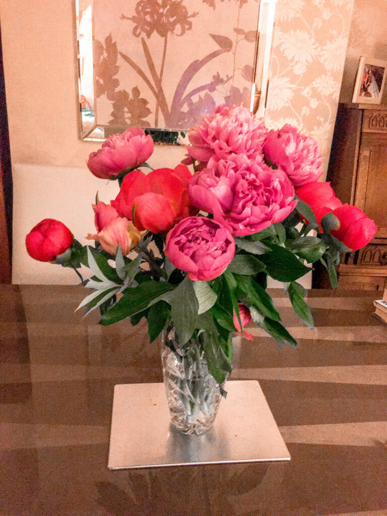 Moonpig Fresh Flower Bouquets Discount Code - Pink Peonies Review | Gifts | Elle Blonde Luxury Lifestyle Destination Blog