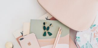 How to make money from a blog from a full time blogger | Blog and business tips | Elle Blonde Luxury Lifestyle Destination Blog
