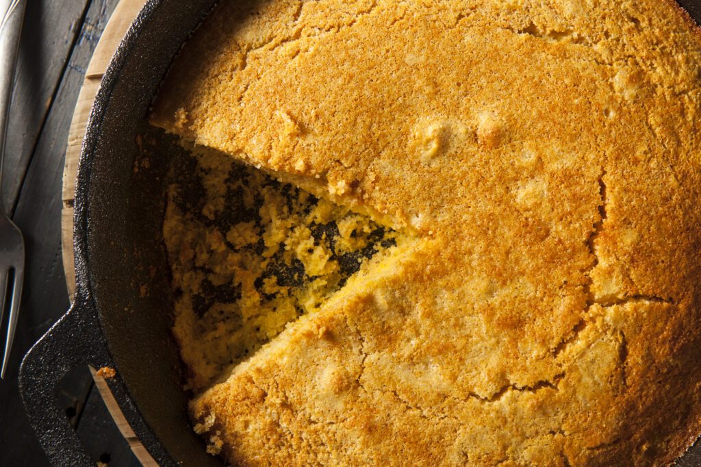 Cornbread | The Best Things To Cook In A Cast Iron Skillet | Food Guide | Elle Blonde Luxury Lifestyle Destination Blog