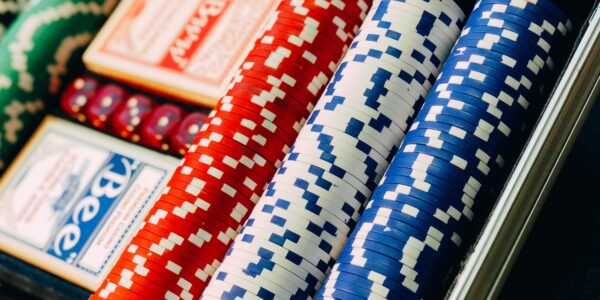 6 Reasons Why Women Are Increasingly Getting Into Online Poker   Elle Blonde Luxury Lifestyle Destination Blog