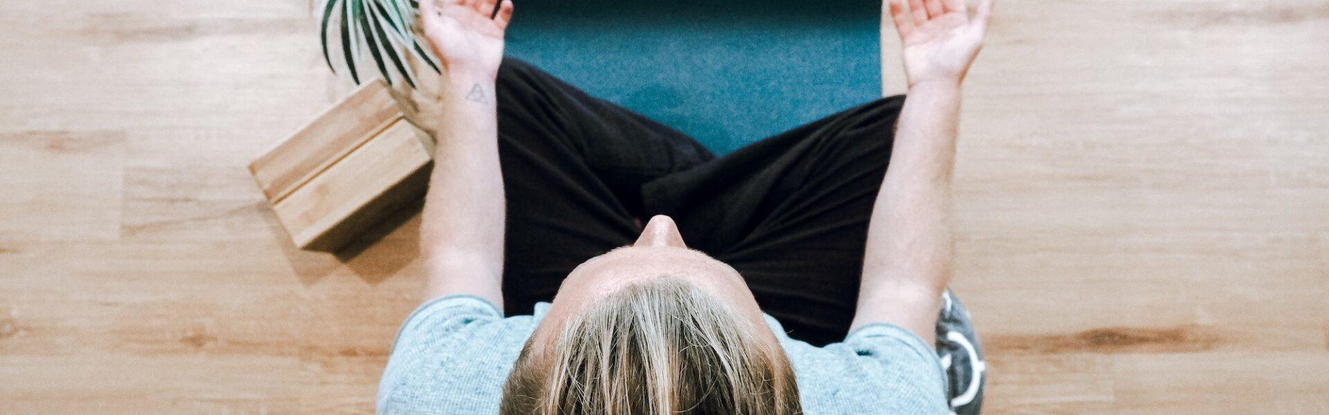 What is Dualism? | Elle Blonde Luxury Lifestyle Destination Blog