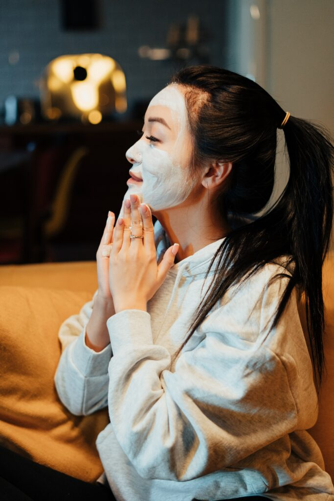 Top 6 Tips for Healthy Winter Skin | Beauty Tips | Elle Blonde Luxury Lifestyle Destination Blog