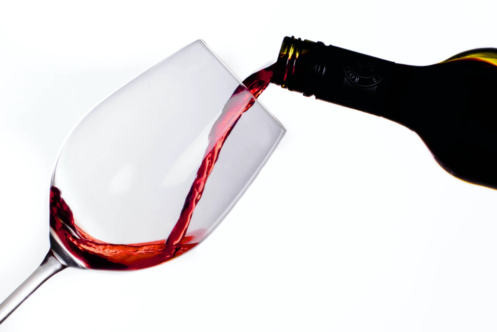 6 Effective Storage Tips For Opened Wine Bottles 1