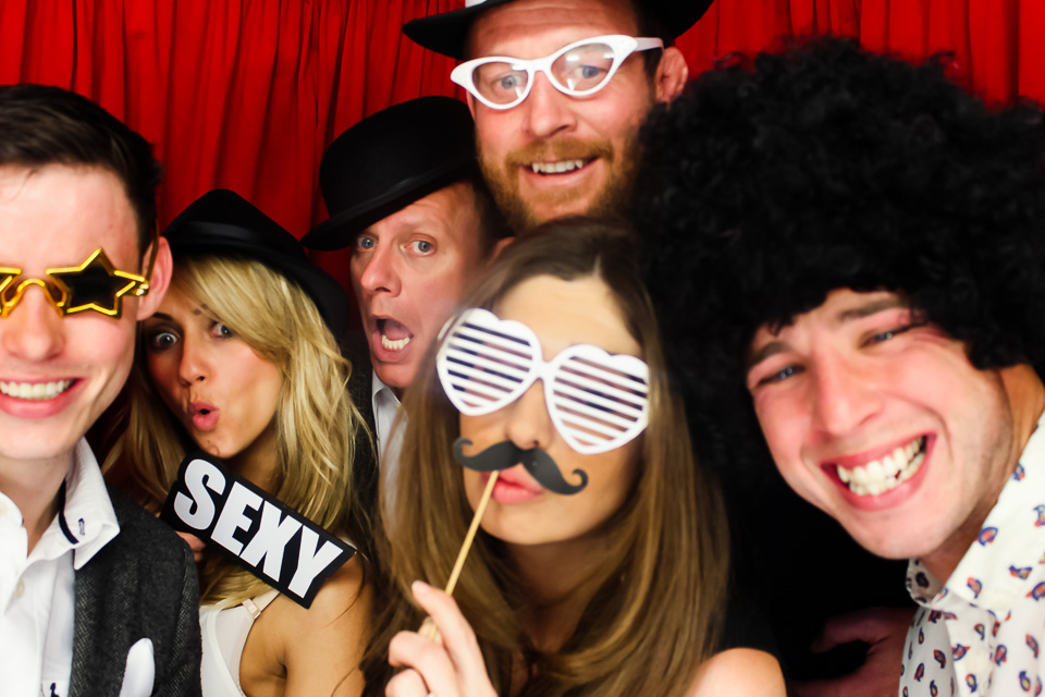 coronation streets samia ghadie and antony cotton in the photo booth