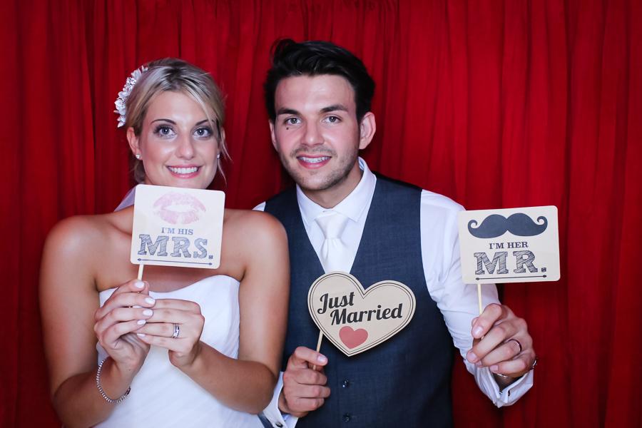 shottle-hall-wedding-photo-booth-1
