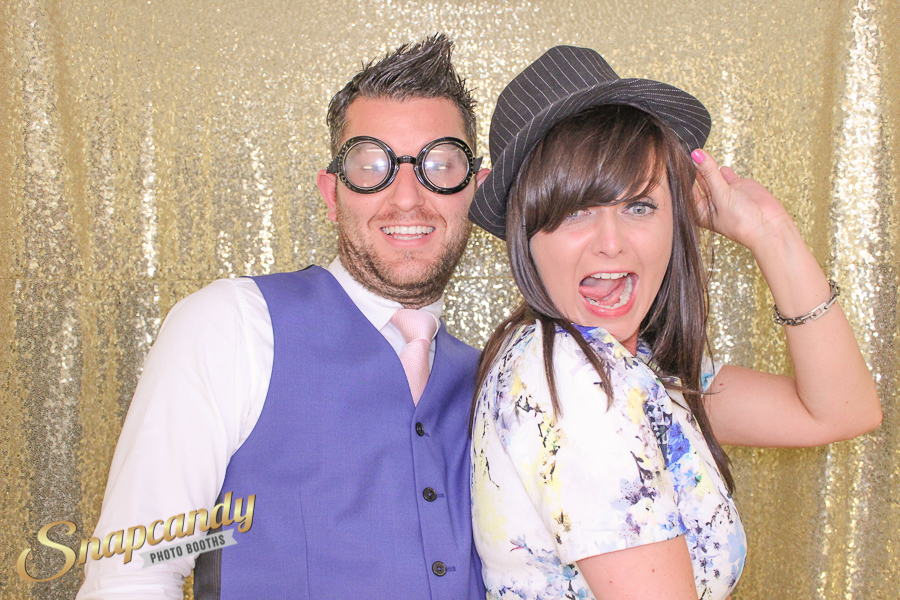 adam-vickie-losehill-house-wedding-photo-booth-004