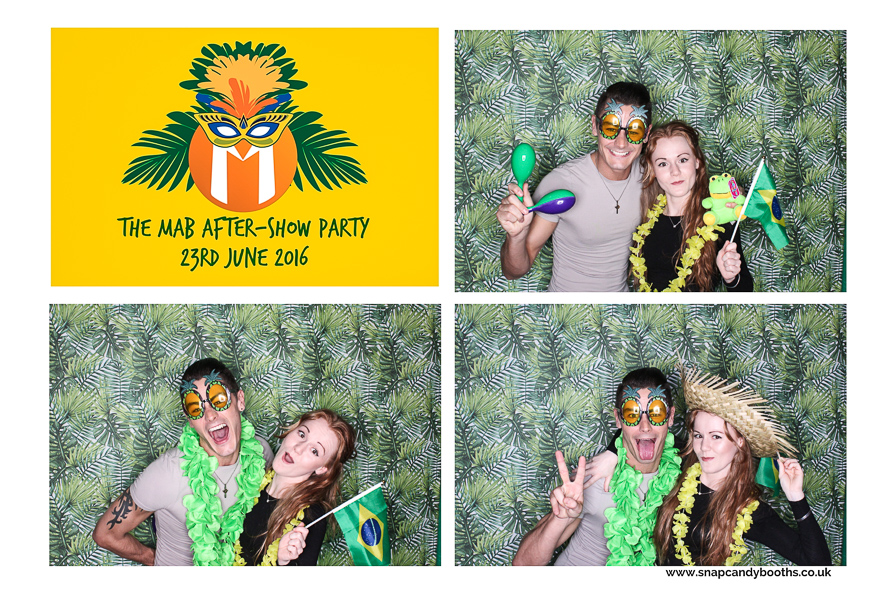 corporate photo booth hire leicester