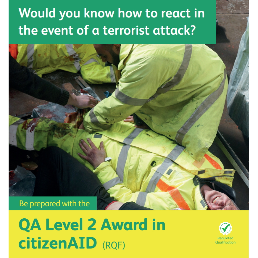 citizenAID - men dealing with a casualty with missing leg post a terror attack