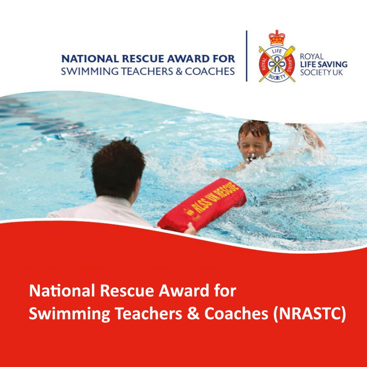 RLSS UK National Rescue Award for Swimming Teachers & Coaches - Lifeguard passing a child a torpedo buoy