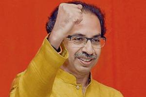 मुंबई: मुनगंटीवार के बयान पर भड़की शिवसेना, बोली- 'राष्ट्रपति तुम्हारी जेब में है क्या?'