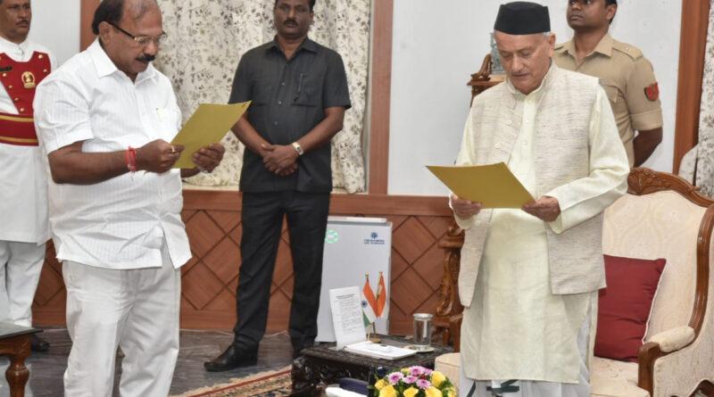 महाराष्ट्र: BJP विधायक कालिदास कोलंबकर बने प्रोटेम स्पीकर...