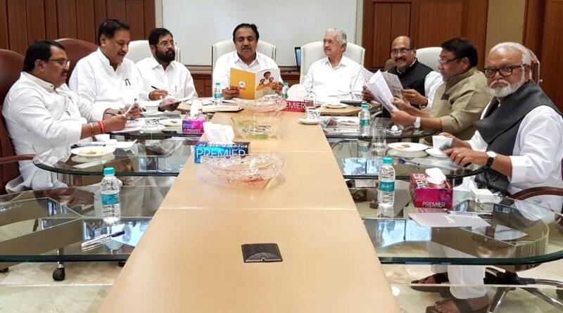महाराष्ट्र: मुंबई में शिवसेना, एनसीपी और कांग्रेस की महाबैठक, सरकार पर फैसला जल्द