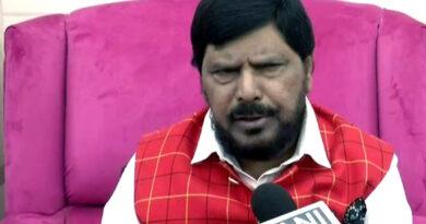 महाराष्ट्र की राजनीति पर आठवले का बड़ा बयान, कहा, भूकंप आने वाला है...