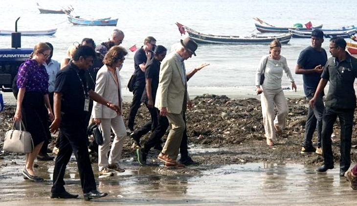 मुंबई: स्वीडन के king और Queen ने की वर्सोवा बीच पर सफाई, एयर इंडिया की फ्लाइट से भारत आने पर हुई थी तारीफ