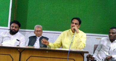 मुंबई: पूर्व केंद्रीय मंत्री मोहिते ने छोड़ा राजू शेट्टी का साथ, नया संगठन बनाने की घोषणा