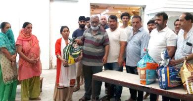 मुंबई: कोरोनावायरस संकट को मात देने के लिए बढ़े मदद के हाथ