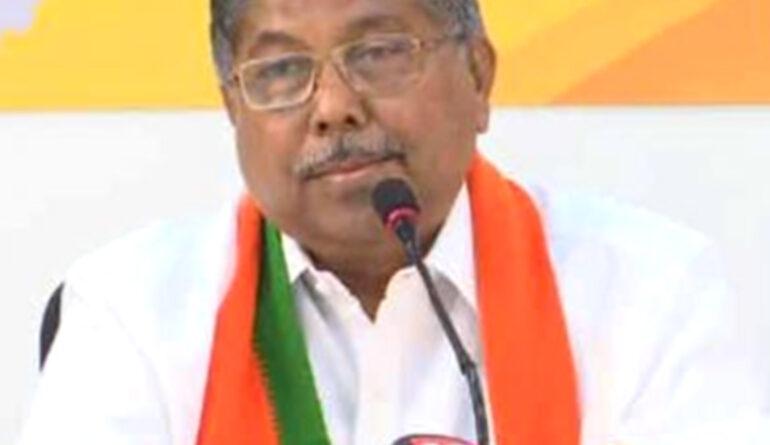 महाराष्ट्र: चंद्रकांत पाटिल का दावा- खडसे नहीं छोड़ेंगे भाजपा, हम दूर करेंगे खडसे की गलतफहमी!