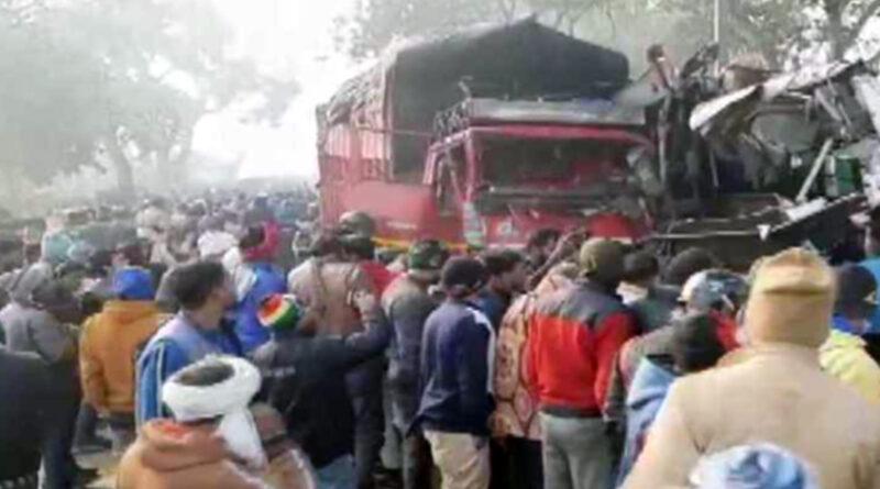 महाराष्ट्र: औरंगाबाद जिले में भीषण सड़क हादसा, क्रूजर गाड़ी ट्रक से टकराई, 3 की मौत, सात घायल
