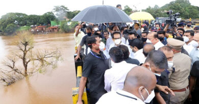 महाराष्ट्र सरकार की ओर मिलेगी बाढ़ पीड़ितों को 11, 500 करोड़ की मदद