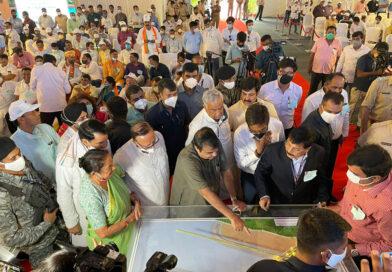 केंद्रीय मंत्री नितिन गडकरी ने गुरुग्राम में दिल्ली-मुंबई एक्सप्रेसवे के काम का लिया जायजा
