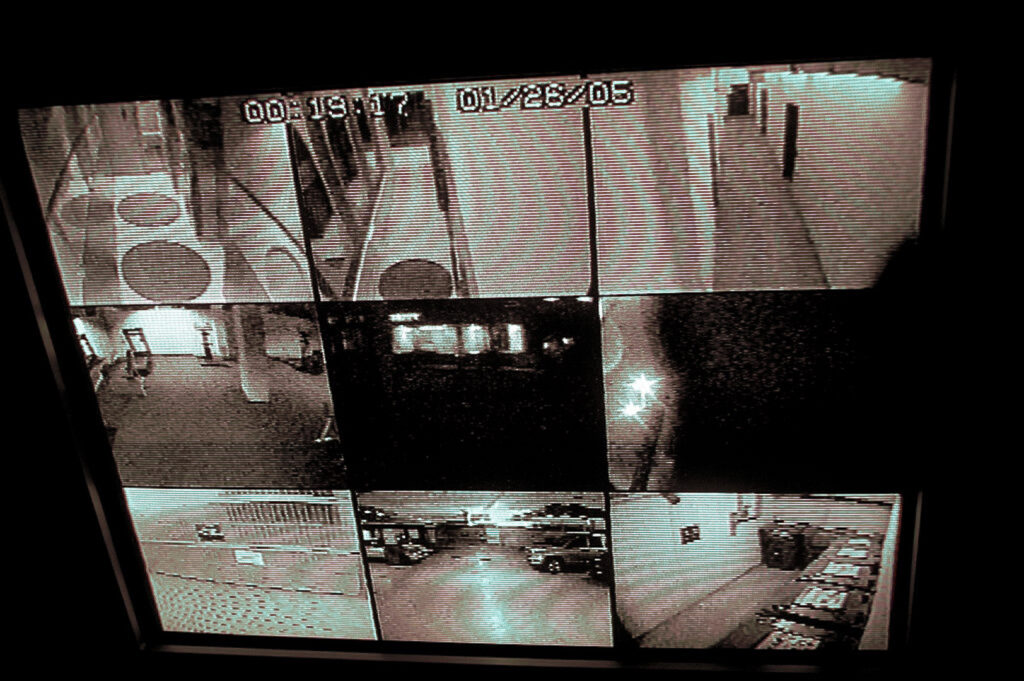 covert_surveillance_cameras_2