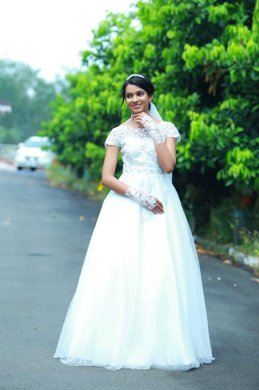 Budget friendly wedding gowns at Bridal Brigade