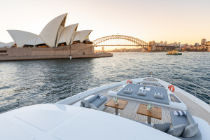 MY ONEWORLD Bow Sydney Harbour Bridge and Opera House