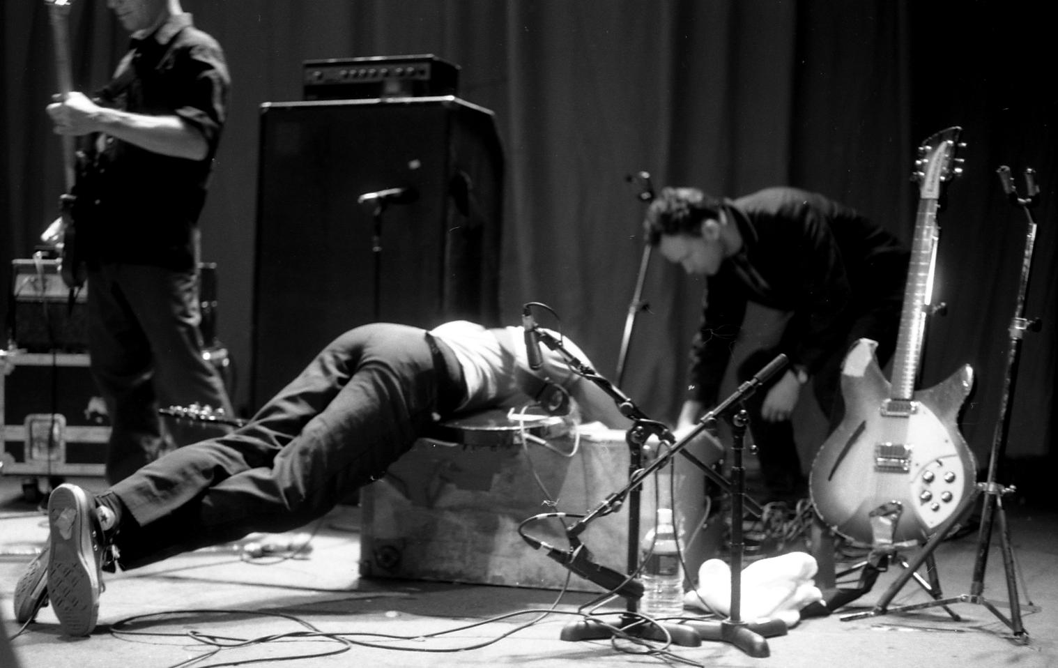 Fugazi: el punk constructivo (III)
