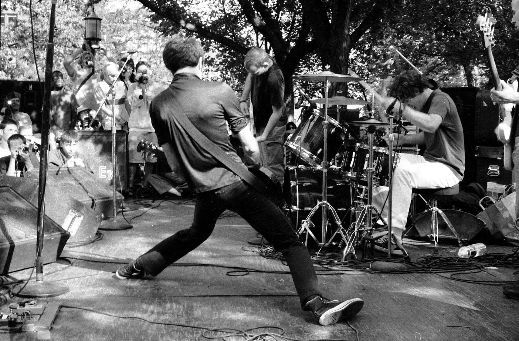 Fugazi: el punk constructivo (II)