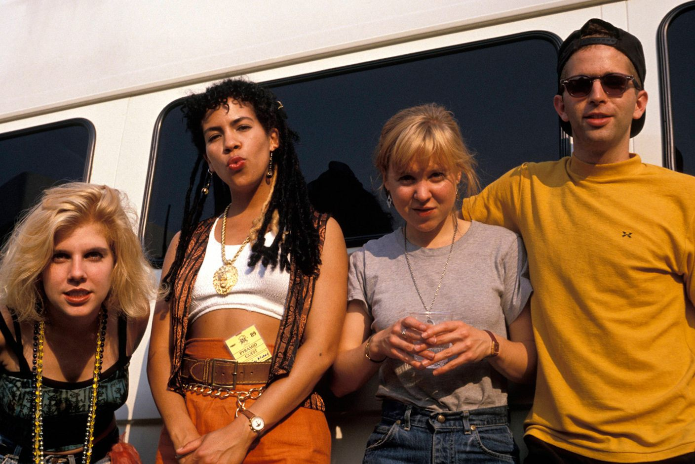 Throwing Muses. Delicate Cutters