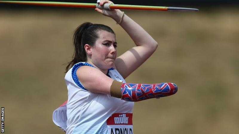 Hollie Arnold wins javelin gold in Doha