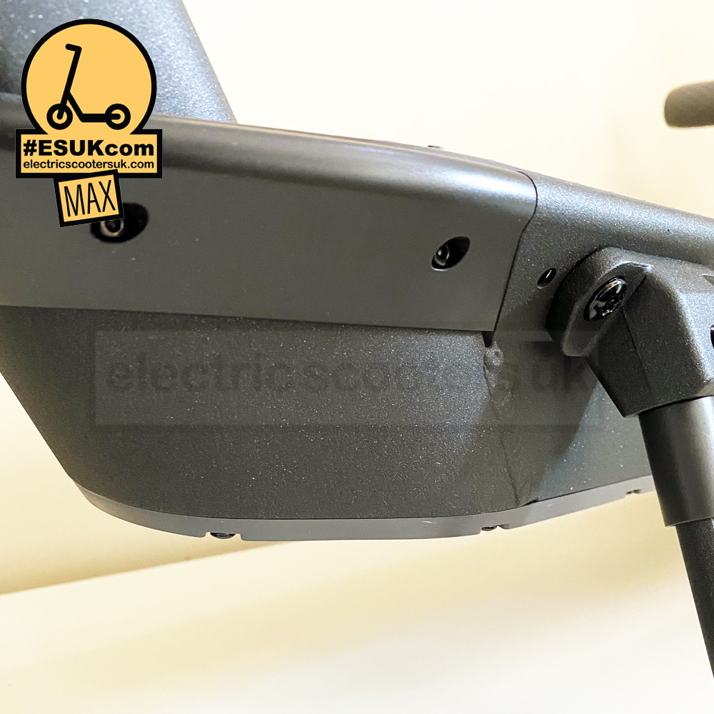 Ninebot Max G30 Front Angle