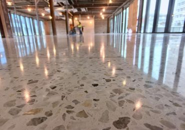 ProFloor™ 3000 Exposed Aggregate High Gloss Finish