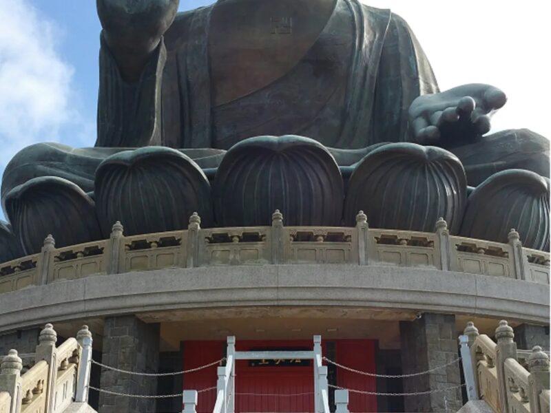 TIAN TAN BUDDHA : THE SECOND LARGEST OPEN AIR BRONZE BUDDHA