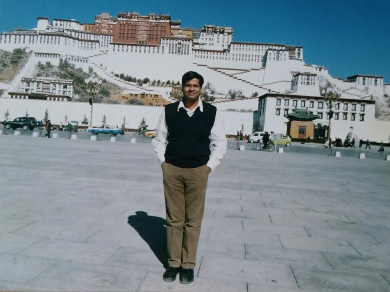 TIBET : THE ROOF OF THE WORLD : LHASE XIGATZE ROUTE & YAMDROK LAKE