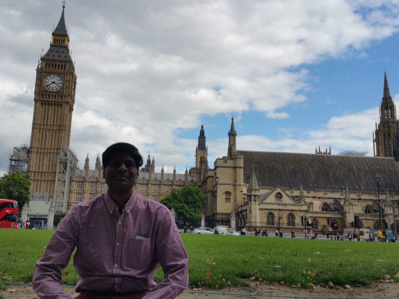 LONDON : THE PALACE OF WESTMINSTER 1
