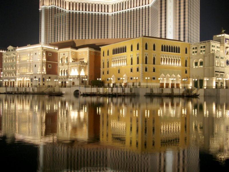 MACAO : THE CASINO CAPITAL OF THE WORLD