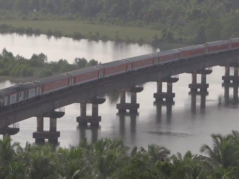 INDIAN RAILWAYS : AMAZING KONKAN RAILWAY (KR) LINE
