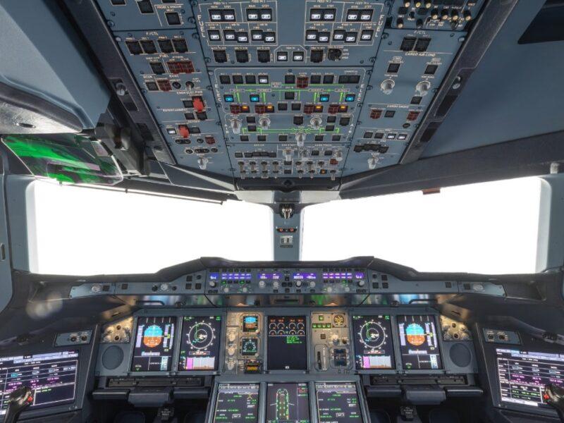 AIRBUS A380 : LARGEST, LATEST & BEST AIRCRAFT 4 : COCKPIT & AVIONICS