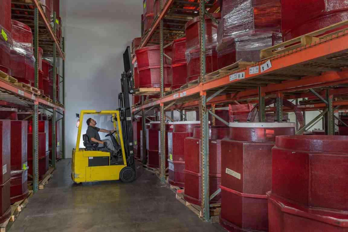 fulfillmetn-forklift_full