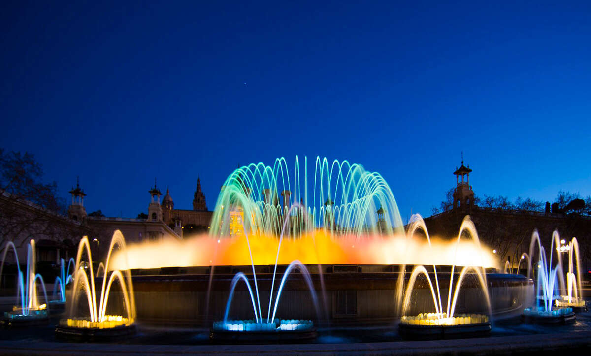 Magic Fountain of Montjuïc_fontane_astralpool