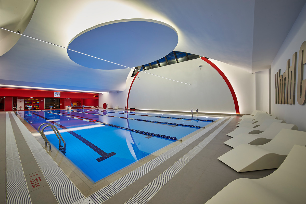 World Class Alekseyevskaya Fitness club_piscina pubblica Astralpool