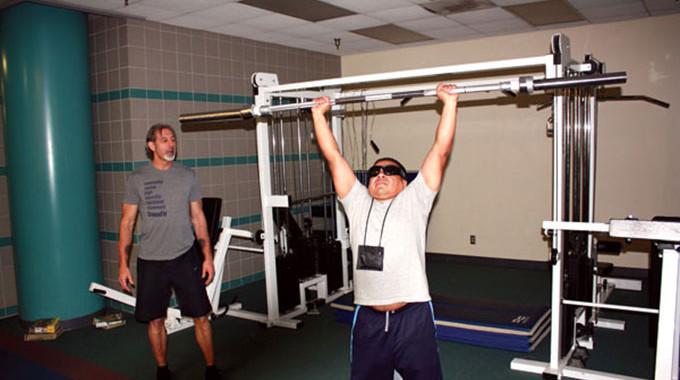 Организация фитнес-тренинга для слепых