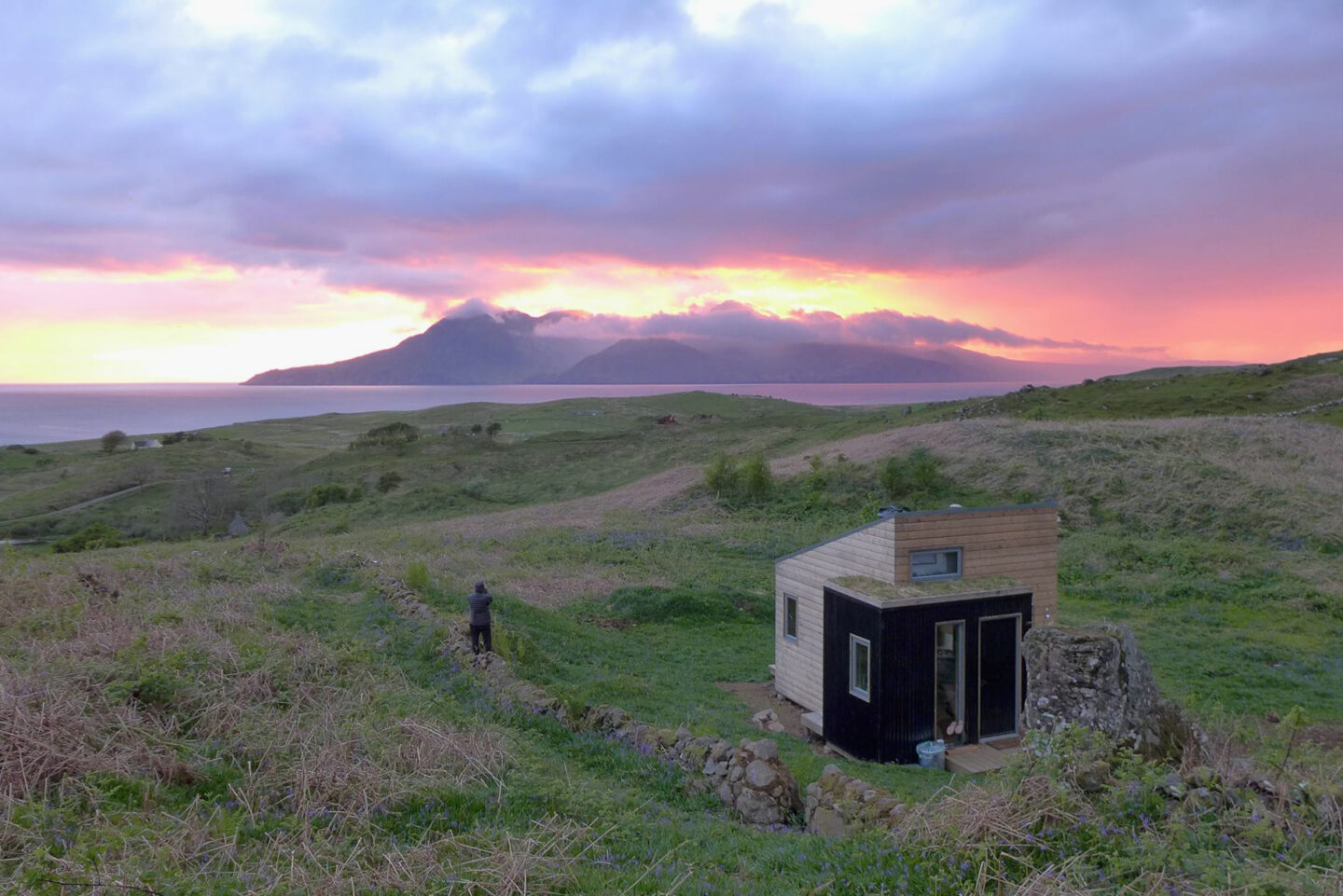 sweeneys bothy glamping pod example