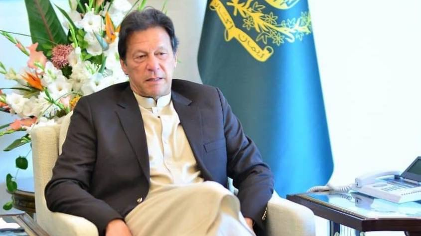 PM Khan lauds Chinese leadership for alleviating poverty and tackling climate change