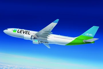 Level low-cost long-haul airline
