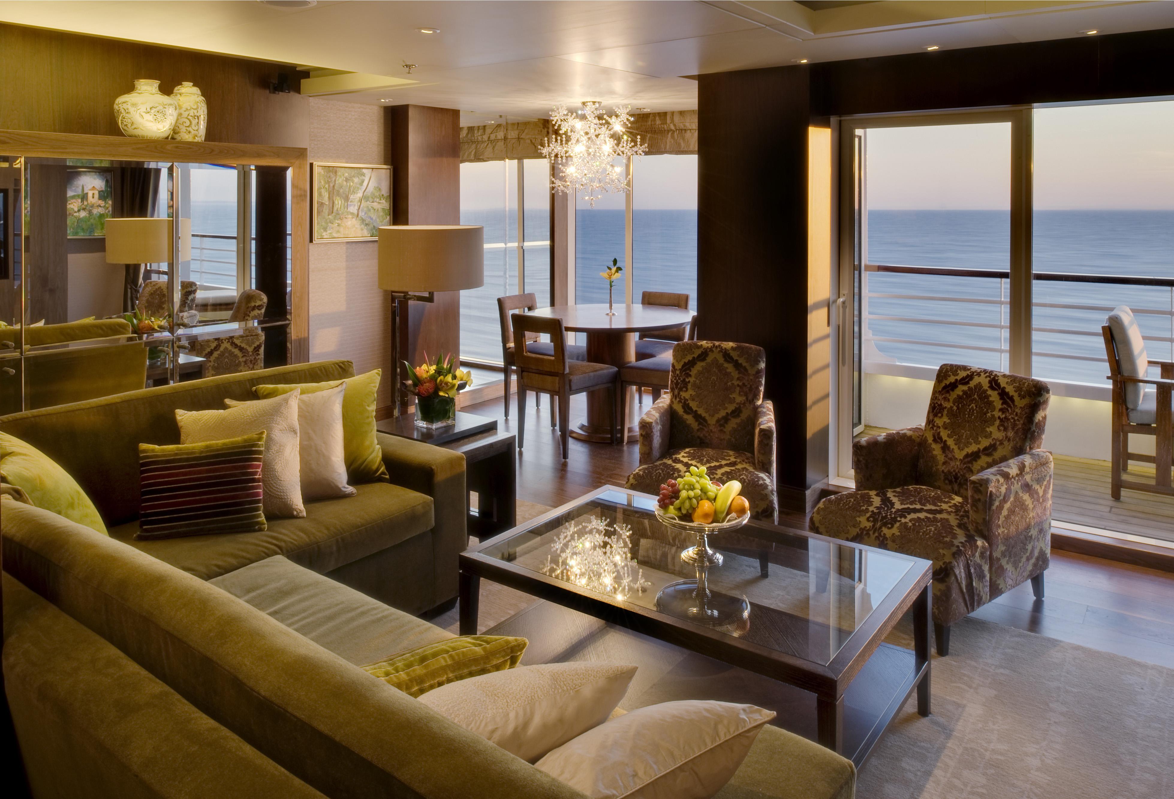 Crystal Cruises Symphony penthouse