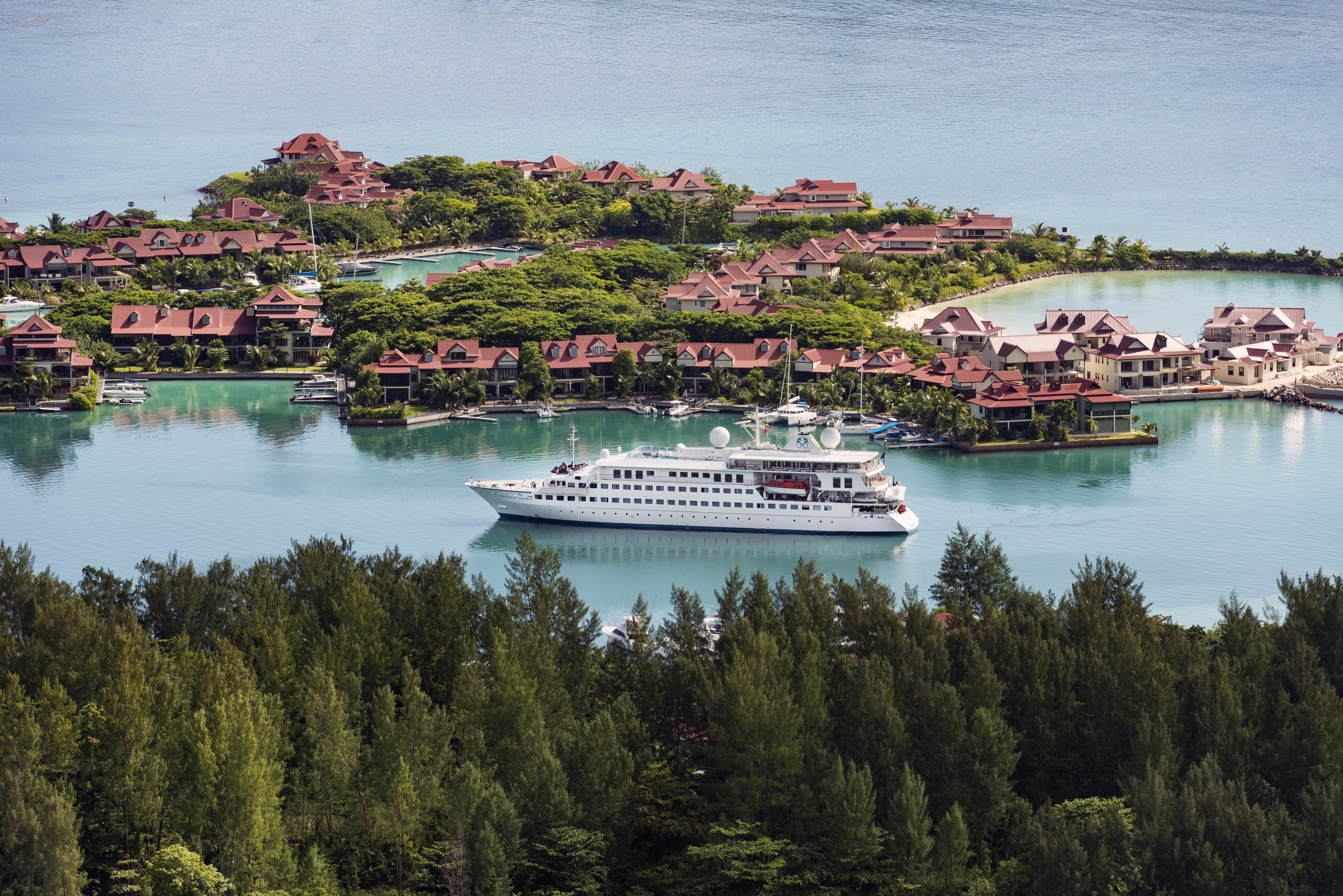 Crystal Cruises luxury yacht Esprit